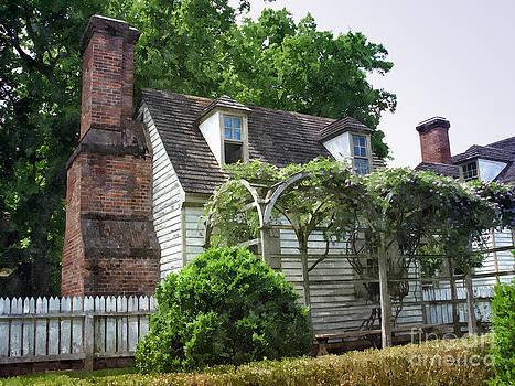 Shari Nees - Cottage House