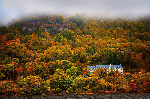 Jenny Rainbow - Cottage on the Shore of Loch Ness. Scotland