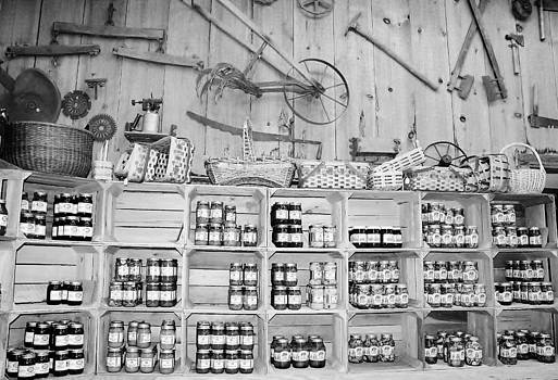 Paulette Thomas - Country Store Black and White