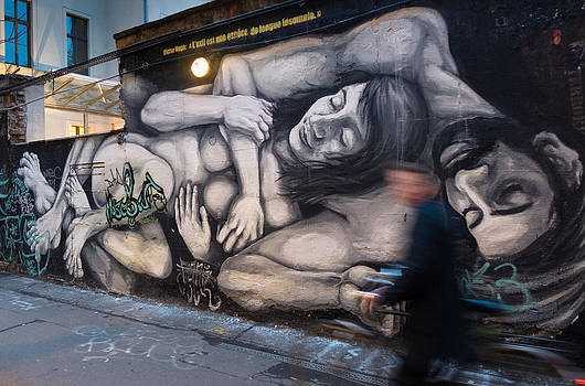 Couple by Pedro Nunez
