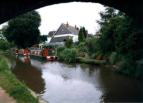 Coventry Canal by Geoff Cooper