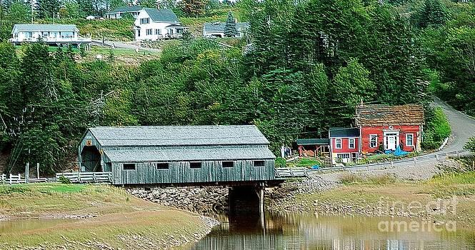 Covered Bridge by Kathleen Struckle