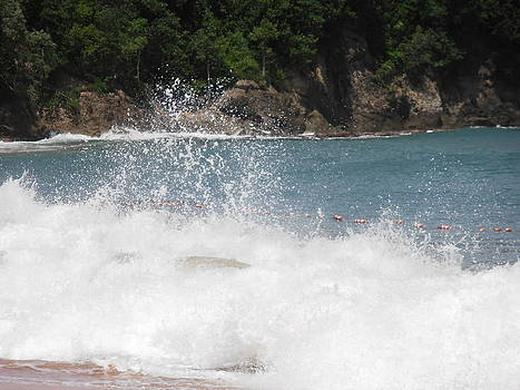 Kimberly Perry - Crashing St. Lucian Waves