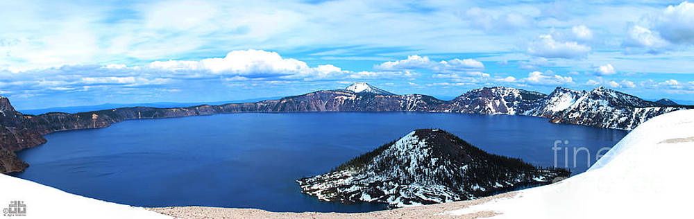 Crater Lake by Dheeraj B