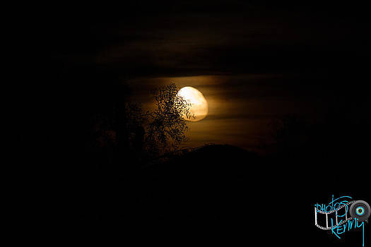 Creepy AZ Moon by Kenny Jalet