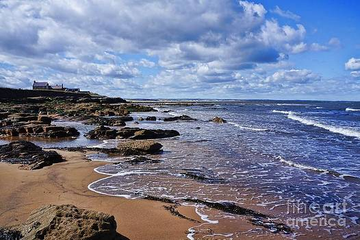 Cresswell Beach and Rocks - Northumberland Coast  by Les Bell