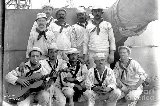 California Views Mr Pat Hathaway Archives - Crewmen of U. S. Battleship Texas pose for photo Cuba 1898