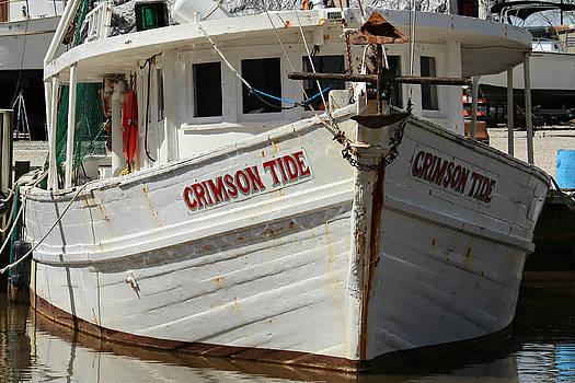 Crimson Tide at Fly Creek Marina by Lynn Jordan