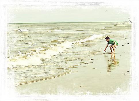 Cromer Seascape by Rosanna Zavanaiu