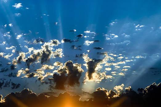 Crowning Sunset by Scott Slattery