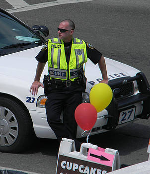 Christy Usilton - Cupcake and Balloon Checkpoint