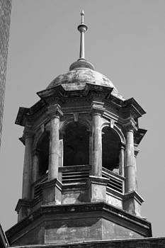 Robin Mahboeb - cupola in grey