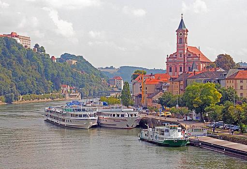 Dennis Cox - Danube cruise ships