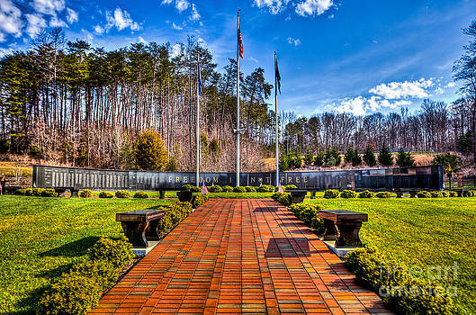 Danville War Memorial by Mark East
