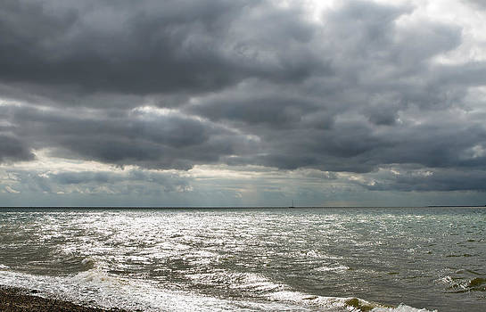 Fizzy Image - Dark gloomy day on a Uk beach