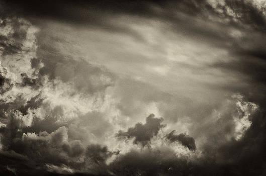 Dennis James - Dark Gray Circle