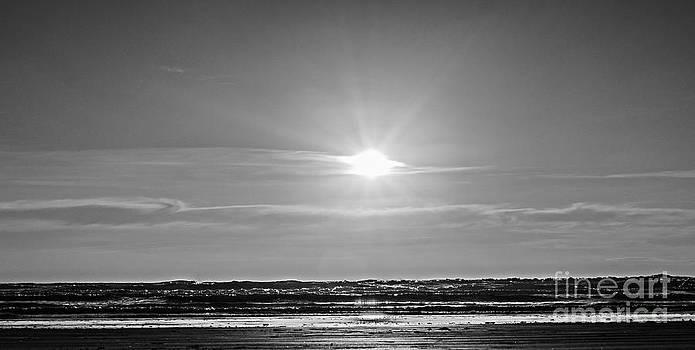 Dark Horizon by Jerry Hart