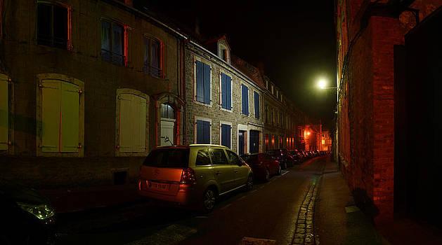 Dark alley in France by Erik Tanghe