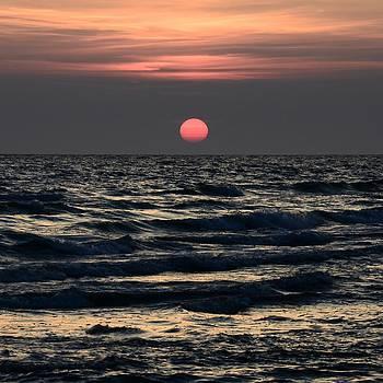 Dark sunset by Gynt