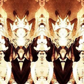 #decim8 #mirrorgram #antiquephoto by Mary Welsch