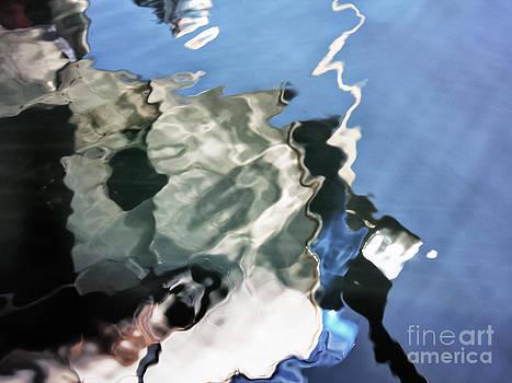 Kate McKenna - DeHaviland Float Plane