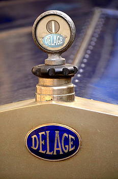 Delage Old Car Logo by Riad Belhimer
