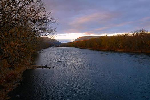Delaware Water Gap by Garth Woods