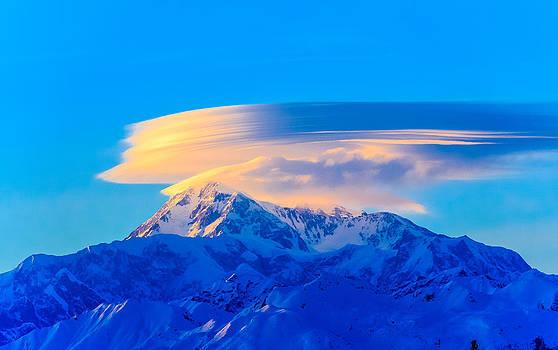 Denali Alpenglow by Zane Giles