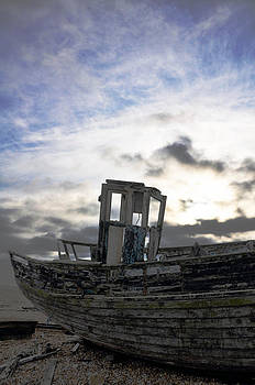Derelict boat Dungeness by Quirky Jen Photos