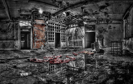 Derelict Hospital Ward by Andrew Munro