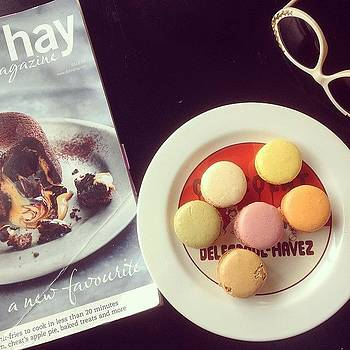 Dessert 💚💛💗 #macarons #french by Alexis Johnson