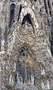 Lorraine Devon Wilke - Detail of Basilica Statuary