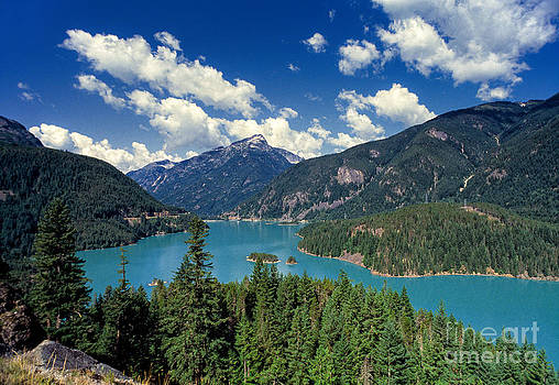 Diablo Lake Washington State by Tony Gliatta