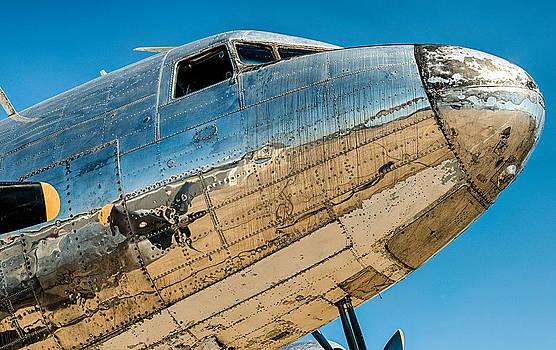 Alan Roberts - Dirty DC-3