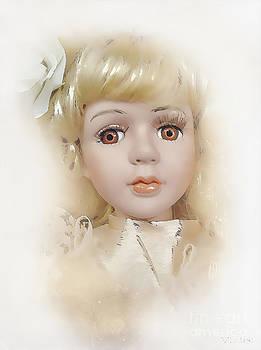 Marek Lutek - Doll 623-12-13 marucii