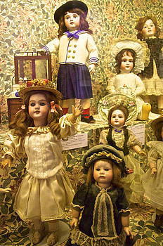 Venetia Featherstone-Witty - Victorian Doll Collection