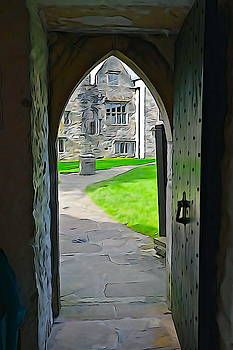 Charlie and Norma Brock - Donegal Castle Gate