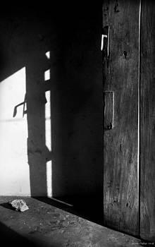 Muyiwa OSIFUYE - Door in Silhouette