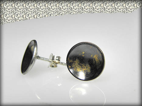 dotted sterling silver earrings with touch of 24K gold by Vesna Kolobaric