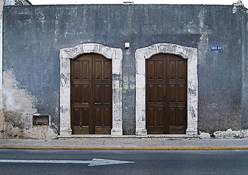 Double Doors Calle 60 by Howard Dratch