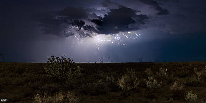Double Eagle Lightning by Jose  Sandoval
