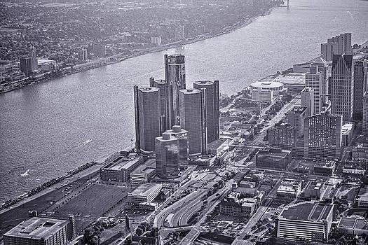 Downtown Detroit by Nicholas  Grunas