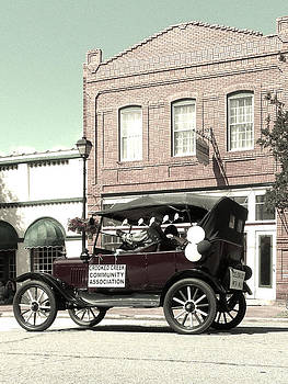 Downtown Eatonton by Regina McLeroy