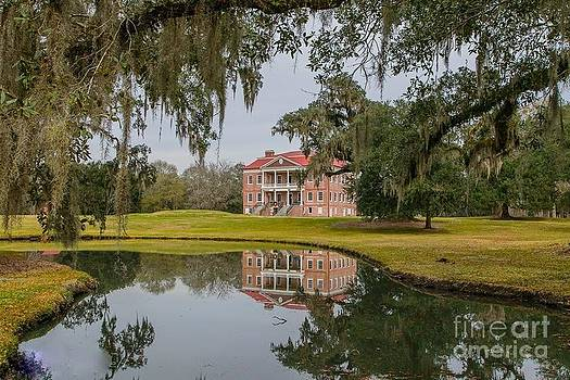 Drayton Hall Plantation by Janet Moss