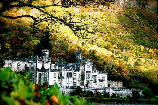 HweeYen Ong - Dream Castle