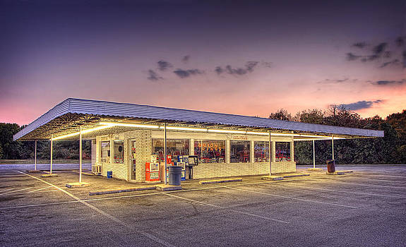 Drive In Diner by Perry Harmon