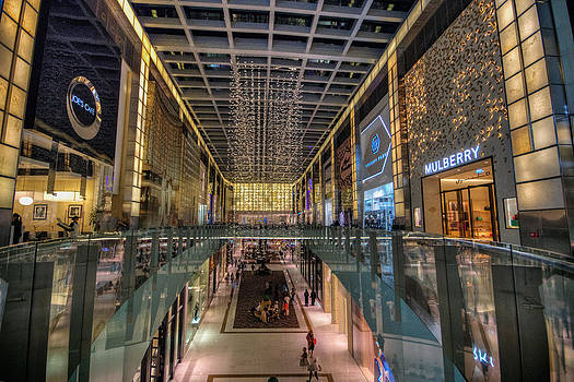 Dubai Mall by John Swartz