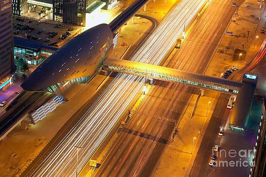 Fototrav Print - Dubai subway station