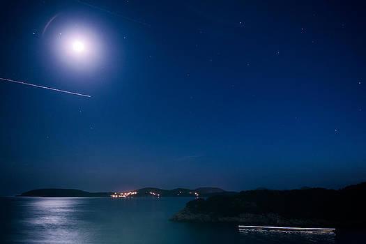 Dubrovnik Night Traffic by Matti Ollikainen