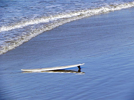 Dude where is my surfer by Kathy Churchman